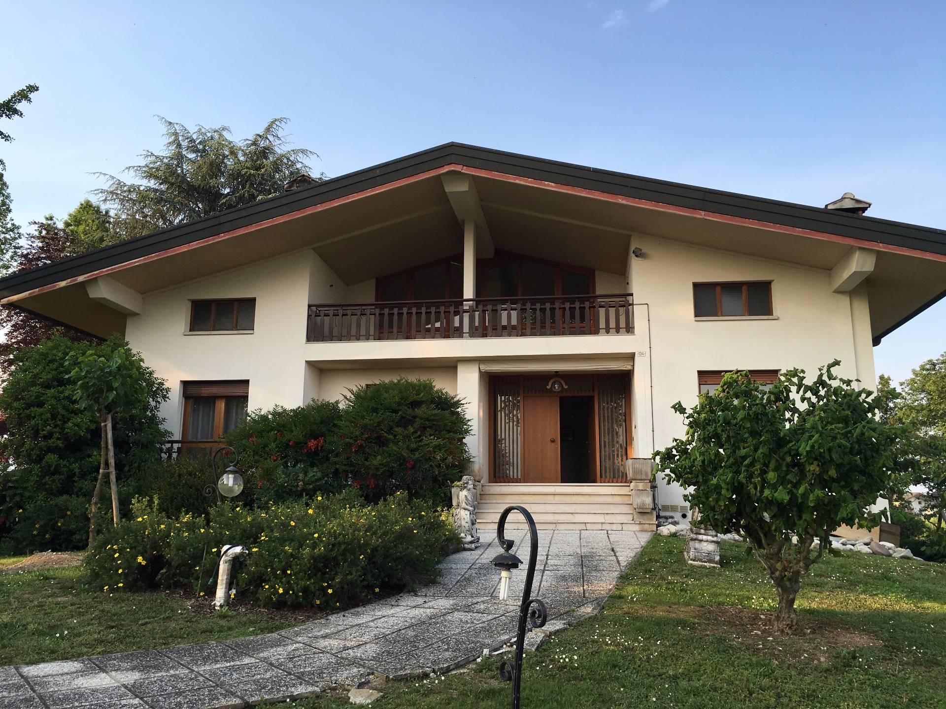 Villa in Vendita a Pieve di Soligo