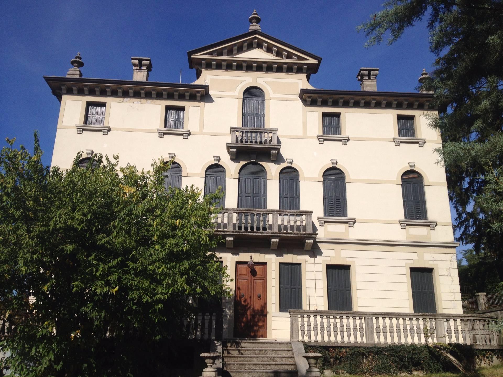 Villa in vendita a Conegliano, 20 locali, prezzo € 1.280.000 | CambioCasa.it