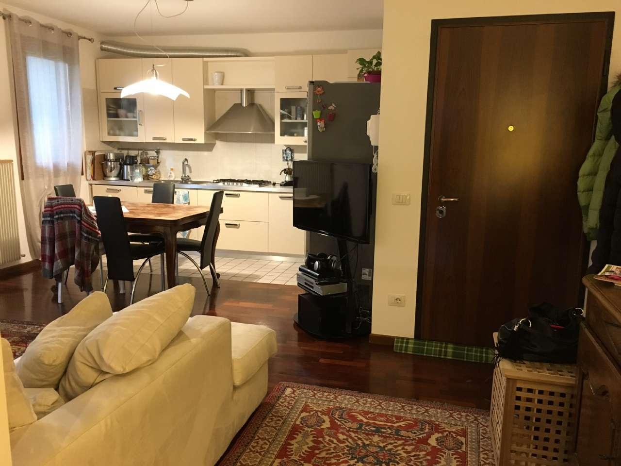 Appartamento in vendita a Silea, 5 locali, zona Zona: Cendon, prezzo € 129.000 | Cambio Casa.it