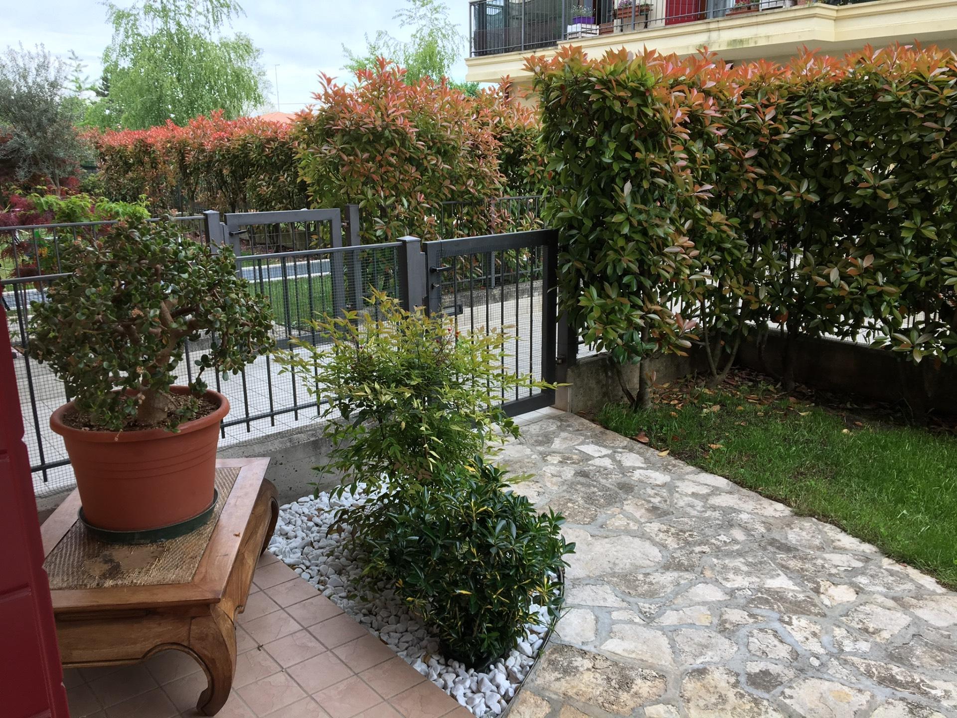 Appartamento in vendita a Spresiano, 8 locali, zona Località: Centro, prezzo € 168.000 | Cambio Casa.it
