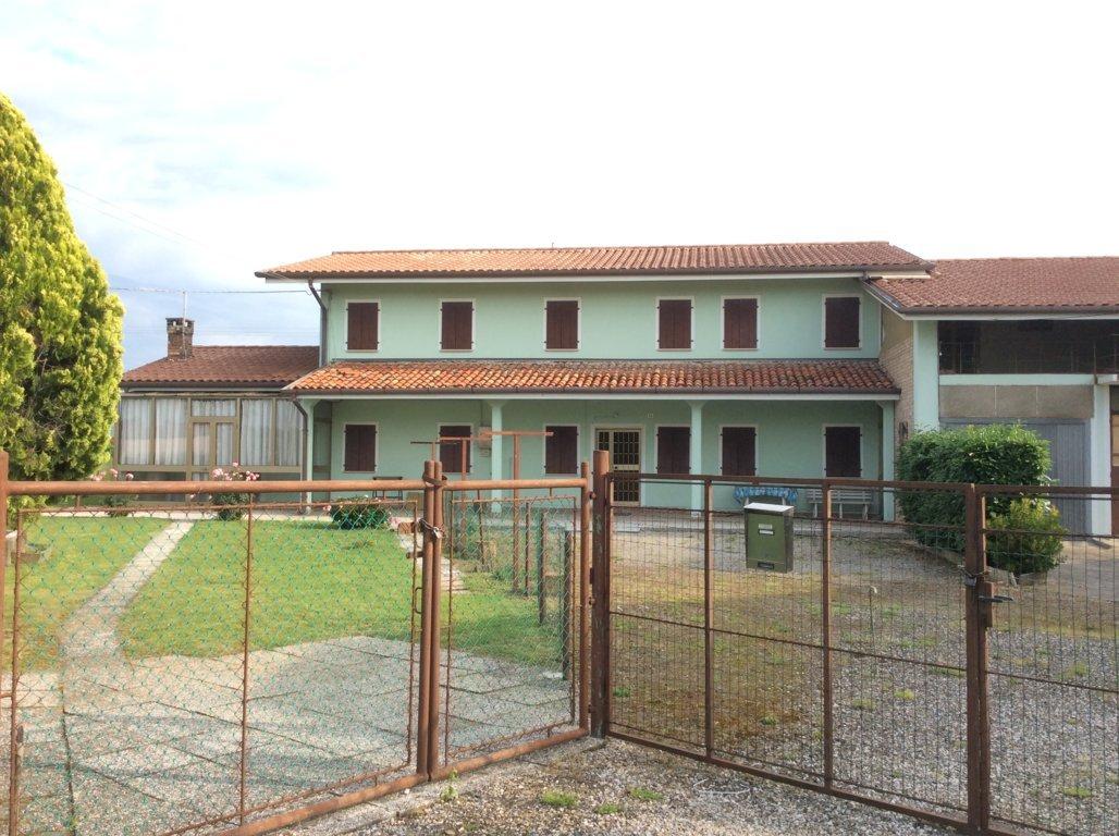 Soluzione Indipendente in vendita a Ponzano Veneto, 20 locali, zona Zona: Ponzano, prezzo € 200.000 | CambioCasa.it