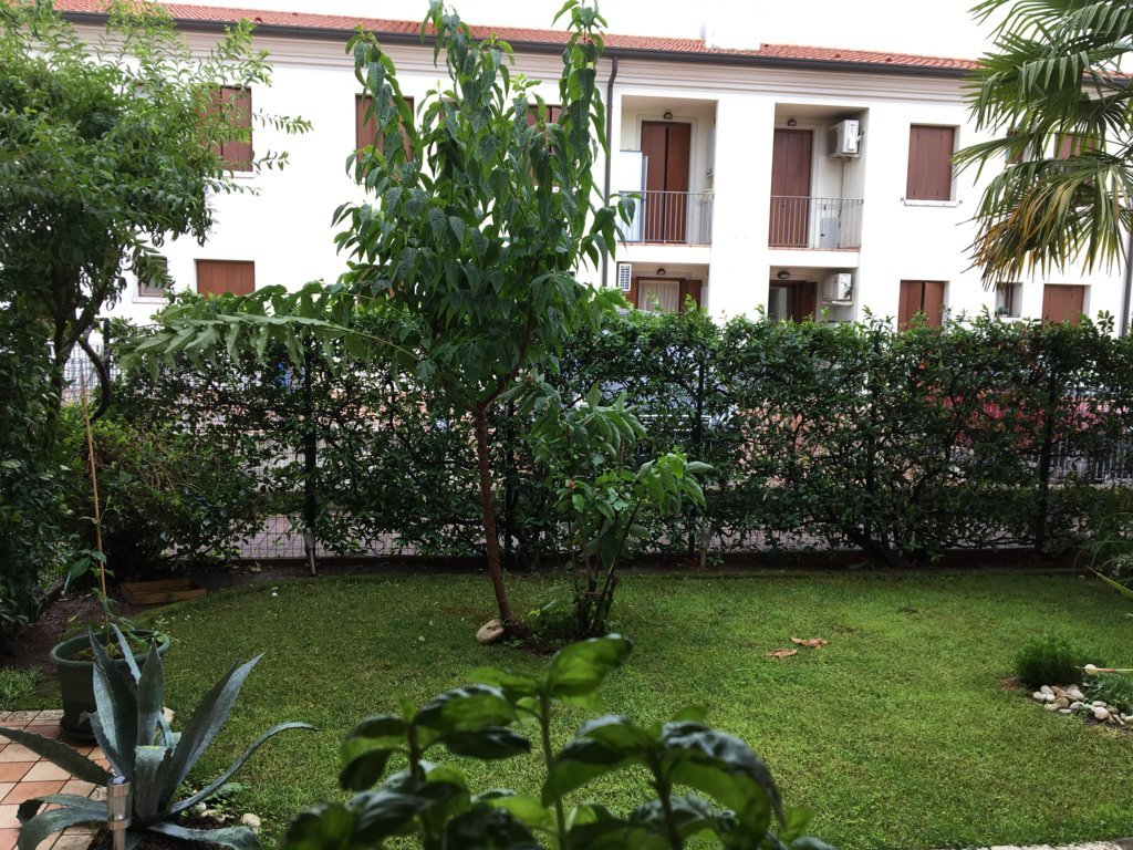 Appartamento in vendita a Povegliano, 5 locali, zona Zona: Camalò, prezzo € 105.000 | CambioCasa.it