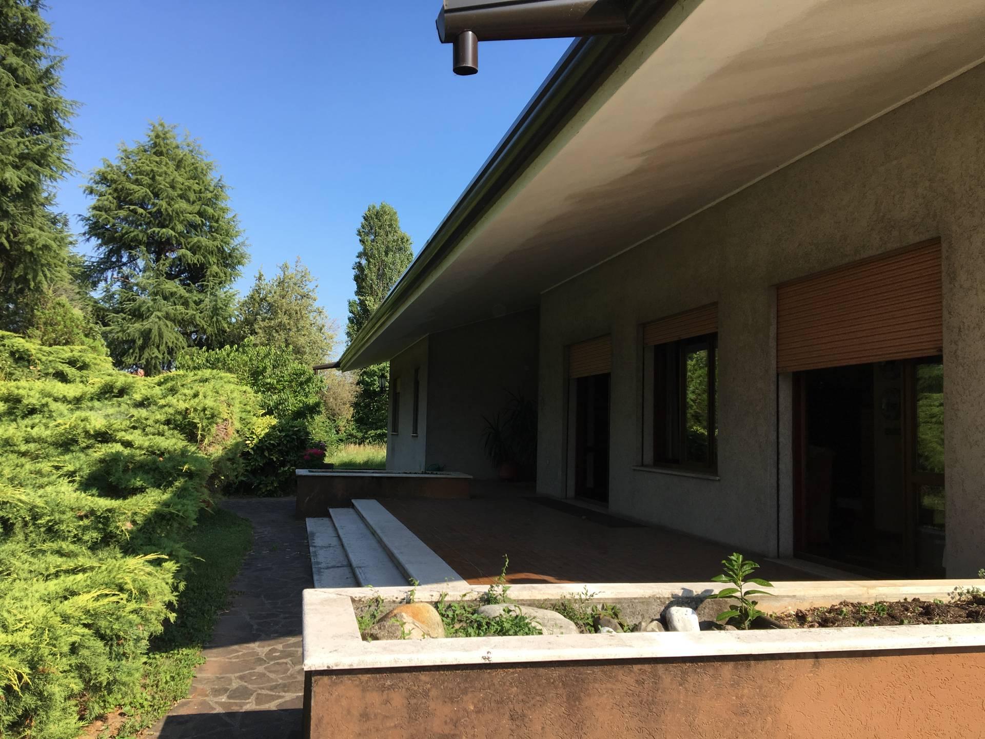 Soluzione Indipendente in vendita a Ponzano Veneto, 15 locali, zona Zona: Merlengo, prezzo € 357.000 | CambioCasa.it