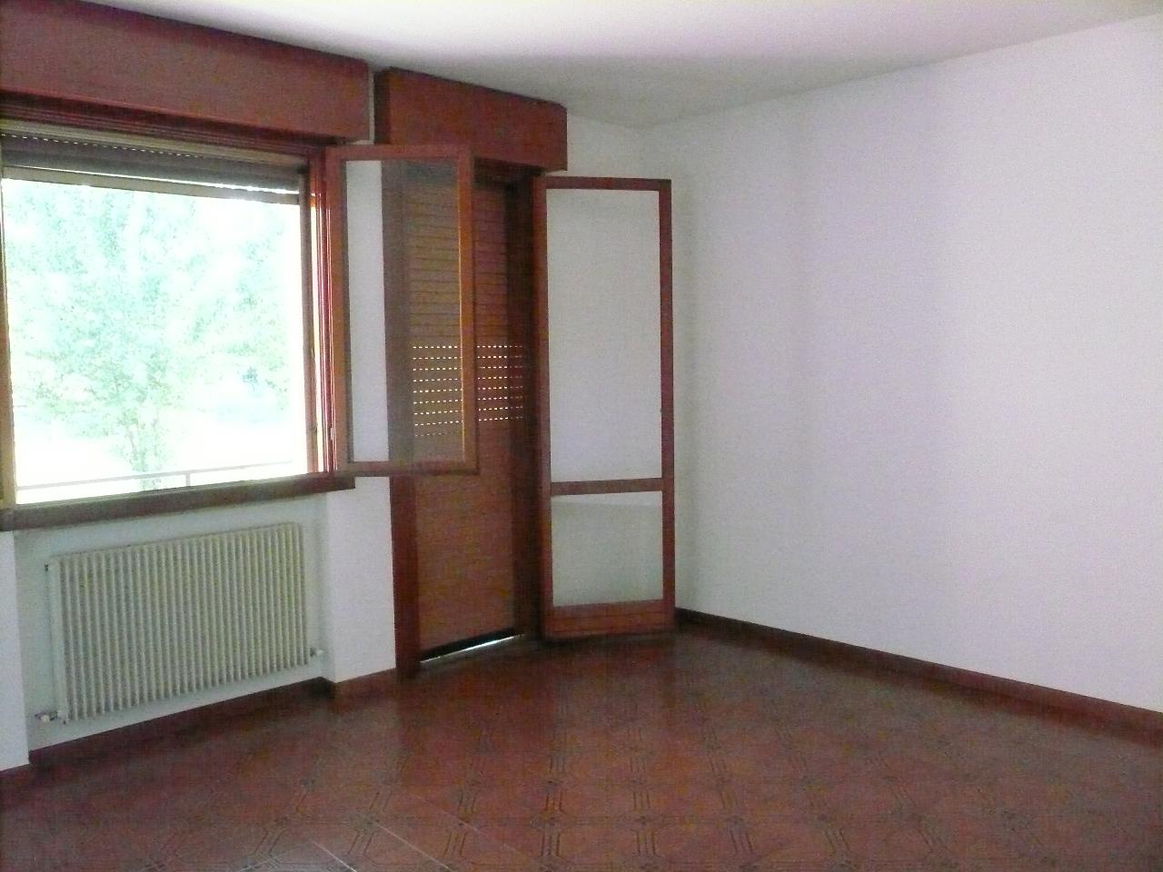 Appartamento in affitto a Silea, 5 locali, zona Località: Centro, prezzo € 490 | CambioCasa.it