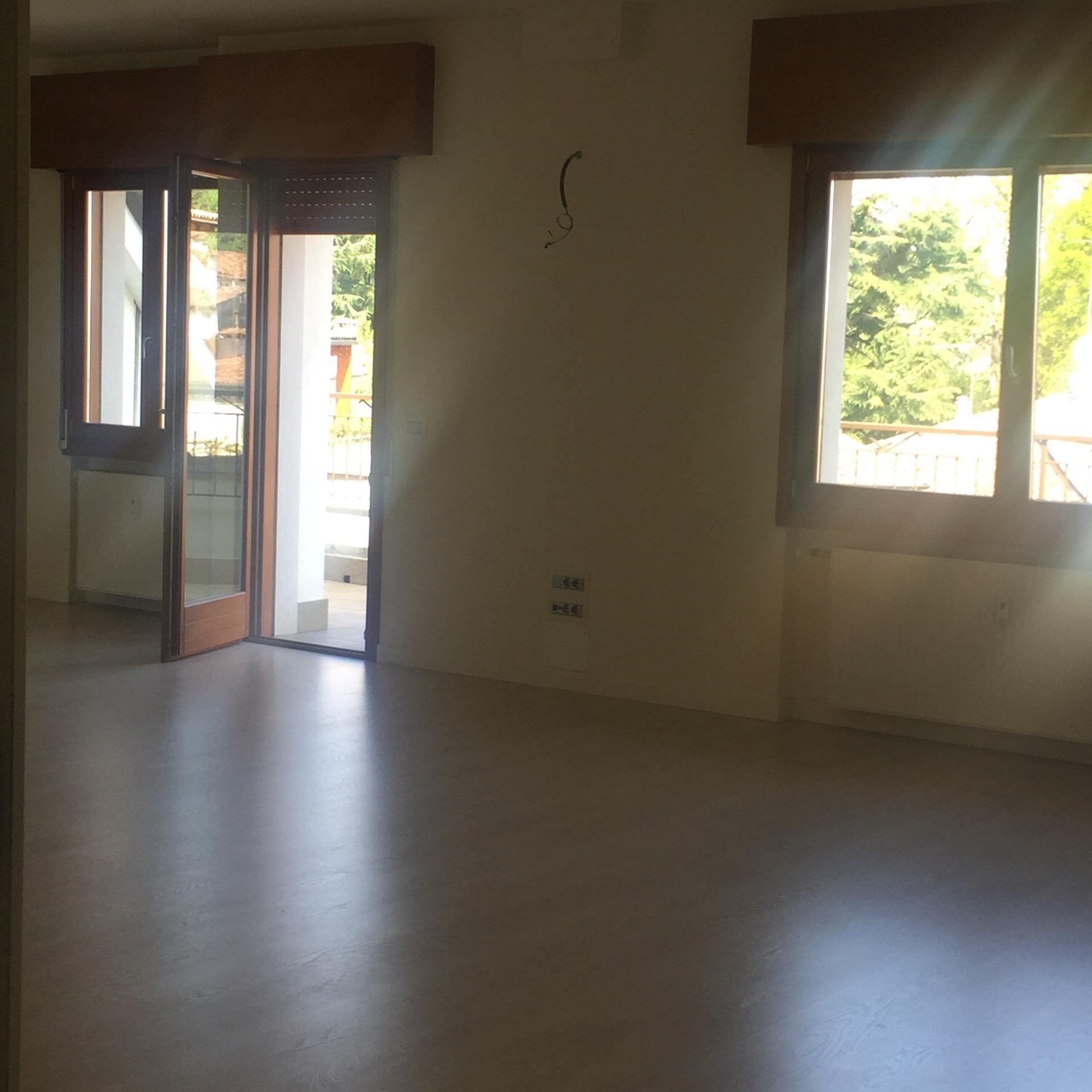 Attico / Mansarda in vendita a Conegliano, 8 locali, prezzo € 450.000 | CambioCasa.it