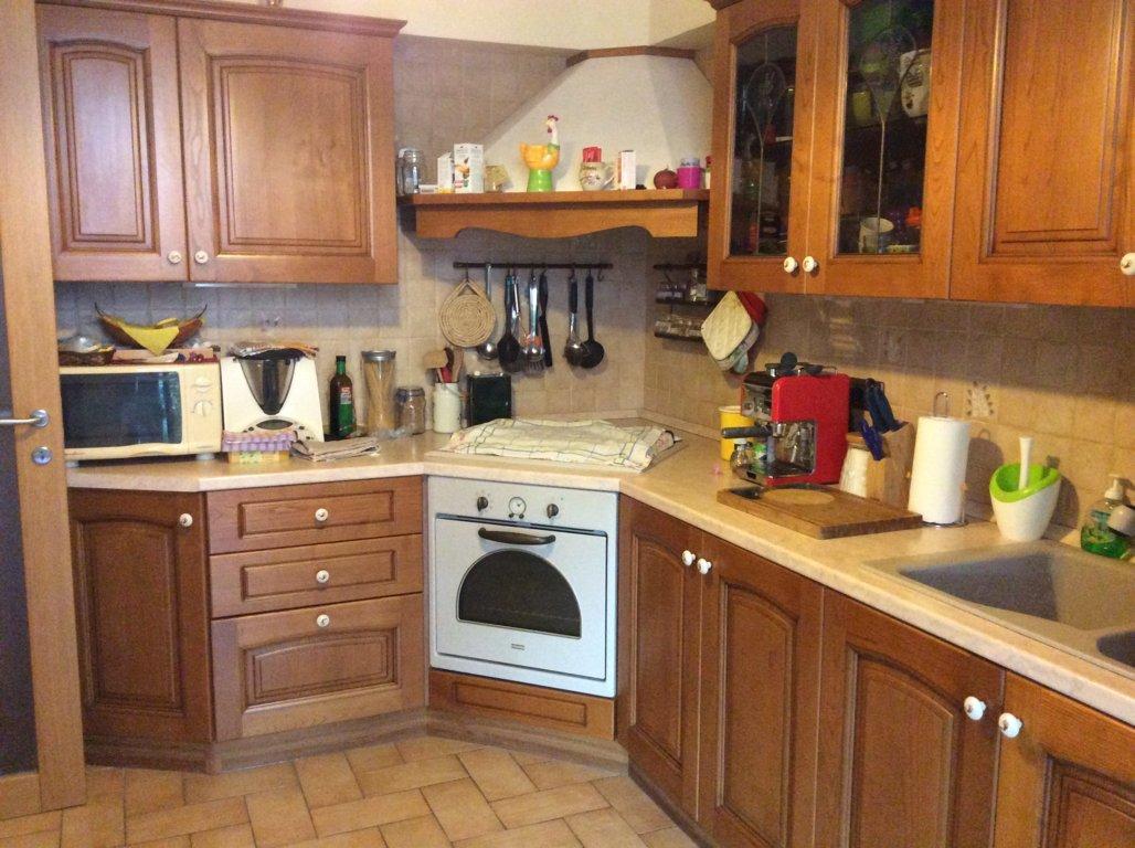 Appartamento in vendita a Spresiano, 5 locali, zona Località: Centro, prezzo € 110.000 | CambioCasa.it