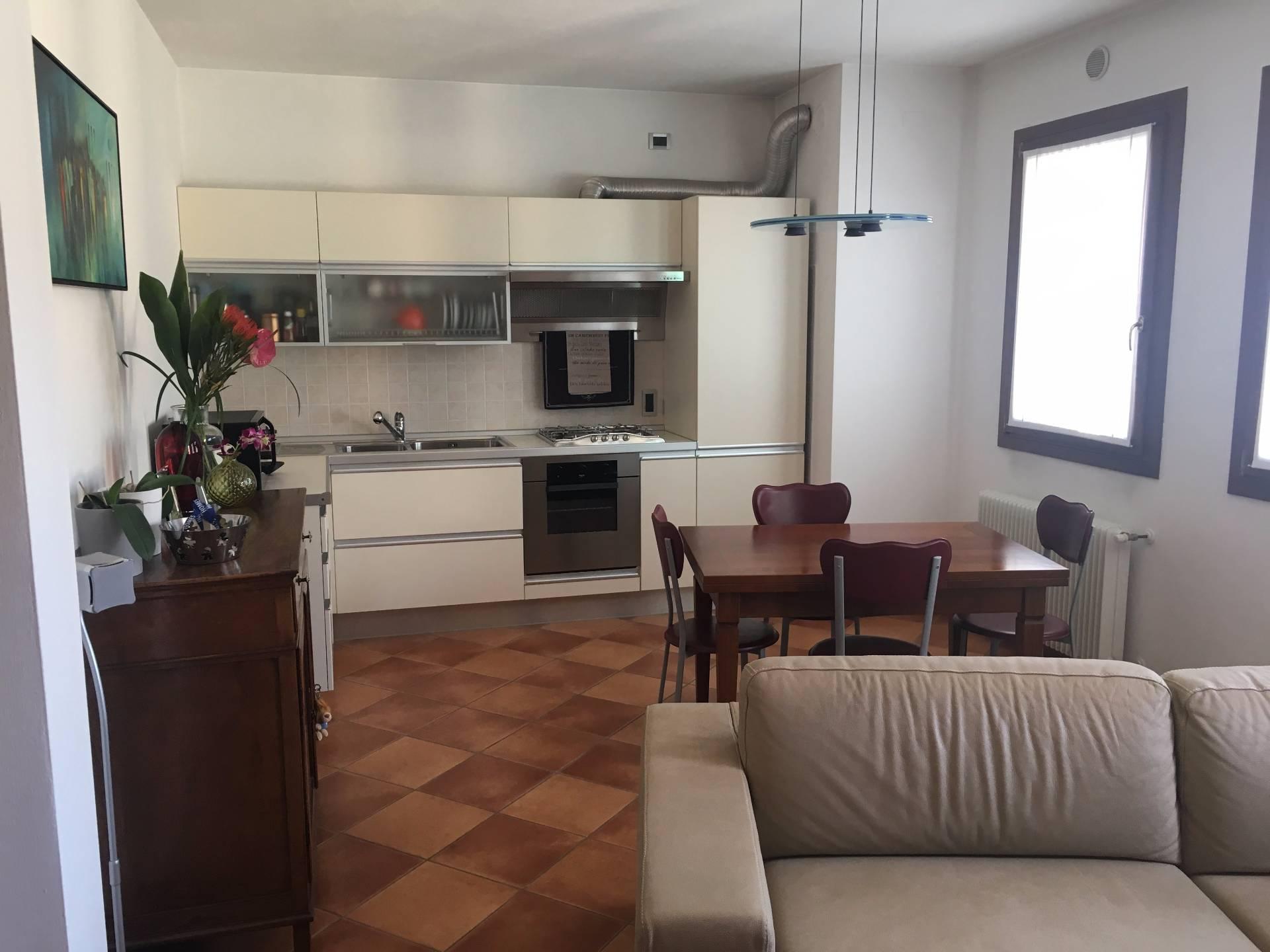 Appartamento in vendita a Sernaglia della Battaglia, 5 locali, zona Località: FalzèdiPiave, prezzo € 95.000 | CambioCasa.it