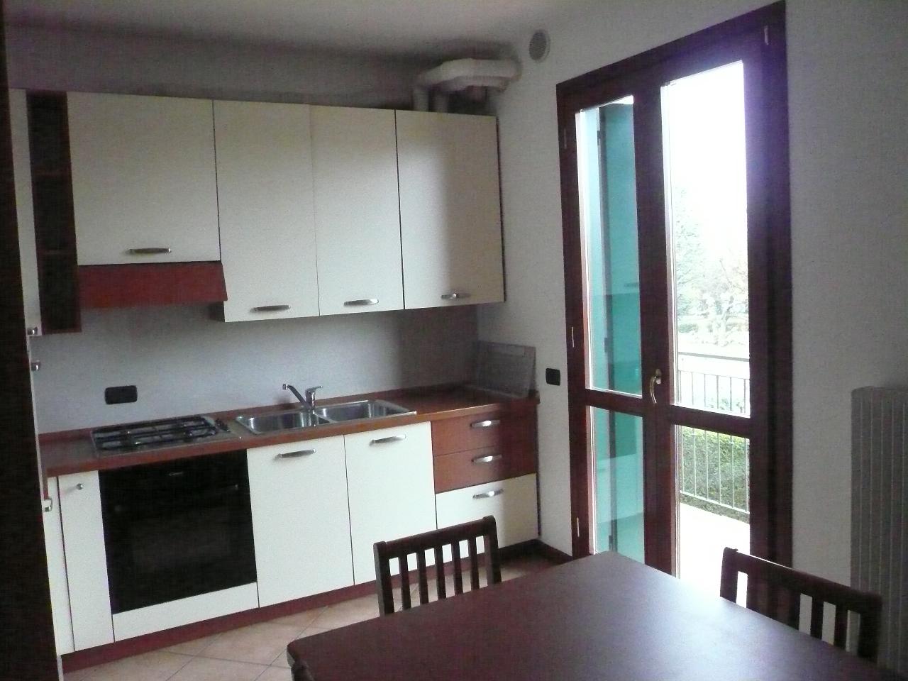 Appartamento in affitto a San Biagio di Callalta, 2 locali, zona Località: SanFloriano, prezzo € 480 | CambioCasa.it
