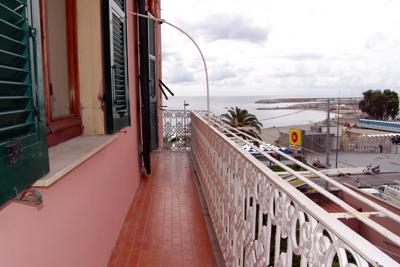 Bilocale Varazze Via San Nazario 8