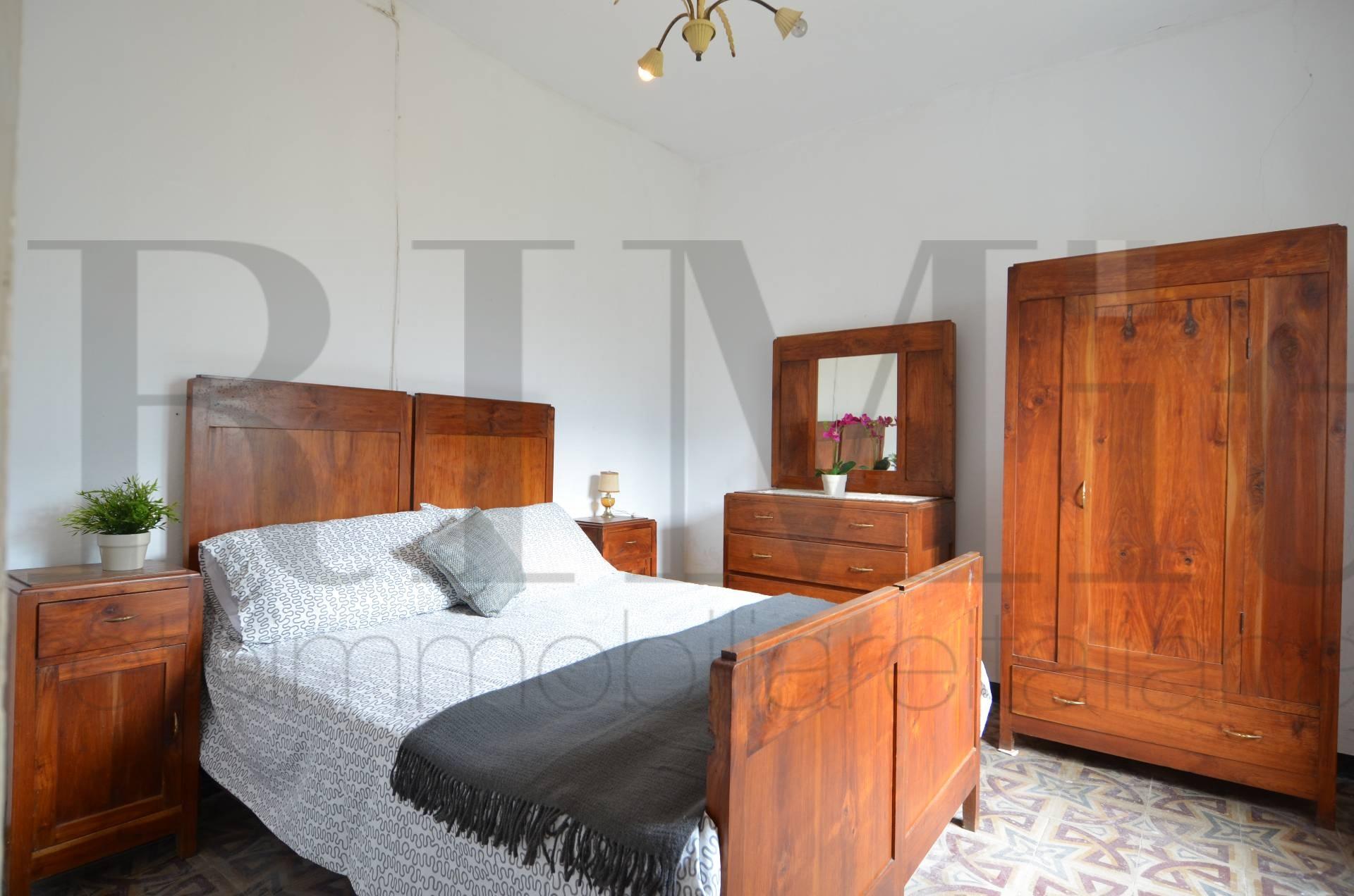 Appartamento in vendita a Moneglia, 5 locali, prezzo € 98.000 | Cambio Casa.it