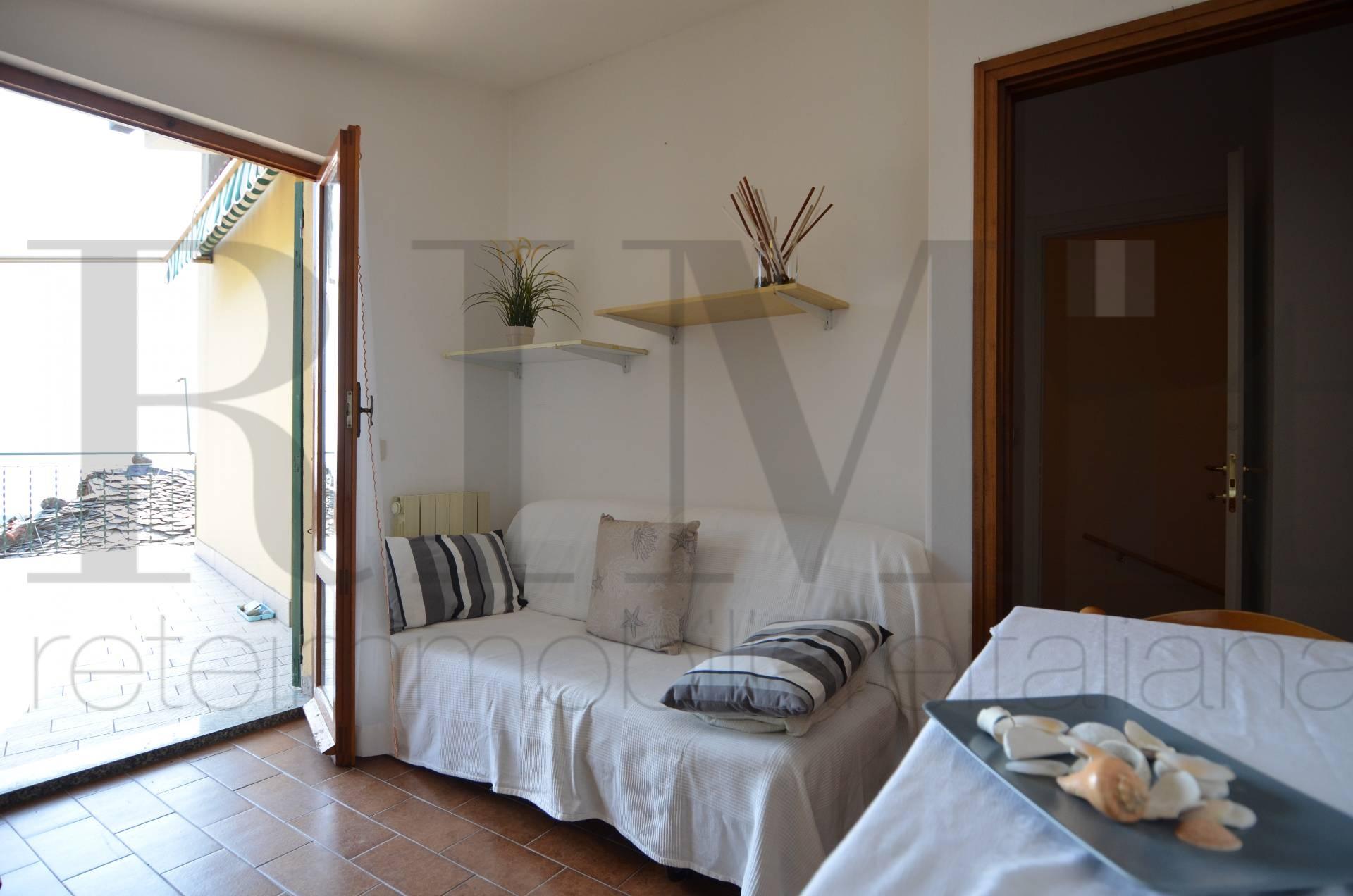 Appartamento in vendita a Moneglia, 2 locali, prezzo € 85.000 | Cambio Casa.it