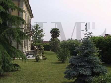 Villa in vendita a Druento, 11 locali, prezzo € 940.000   Cambio Casa.it
