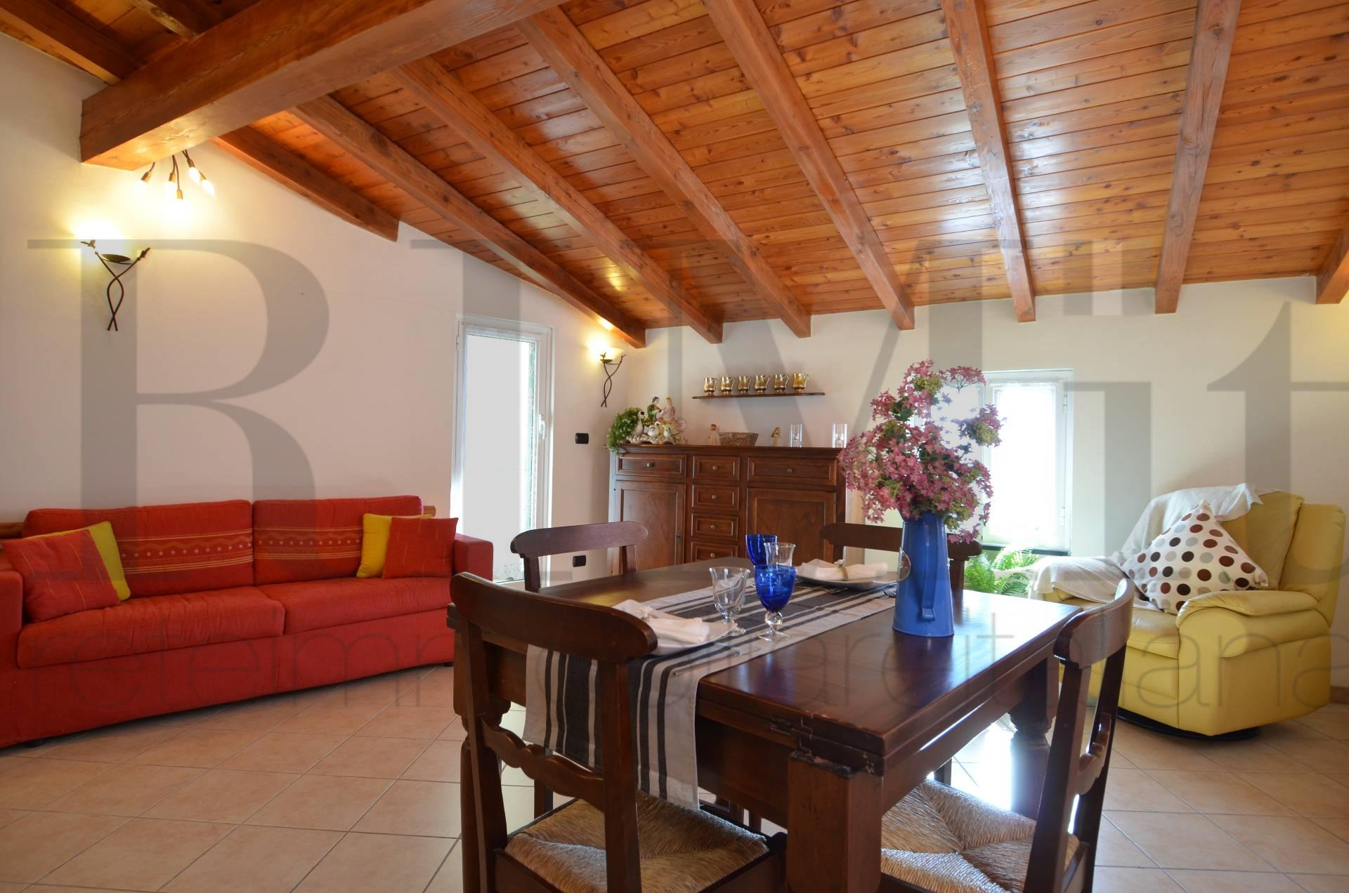 Appartamento in vendita a Moneglia, 2 locali, prezzo € 170.000 | Cambio Casa.it