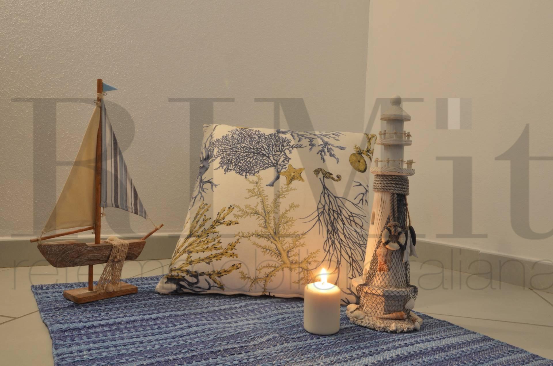 Appartamento in vendita a Deiva Marina, 3 locali, prezzo € 150.000   CambioCasa.it