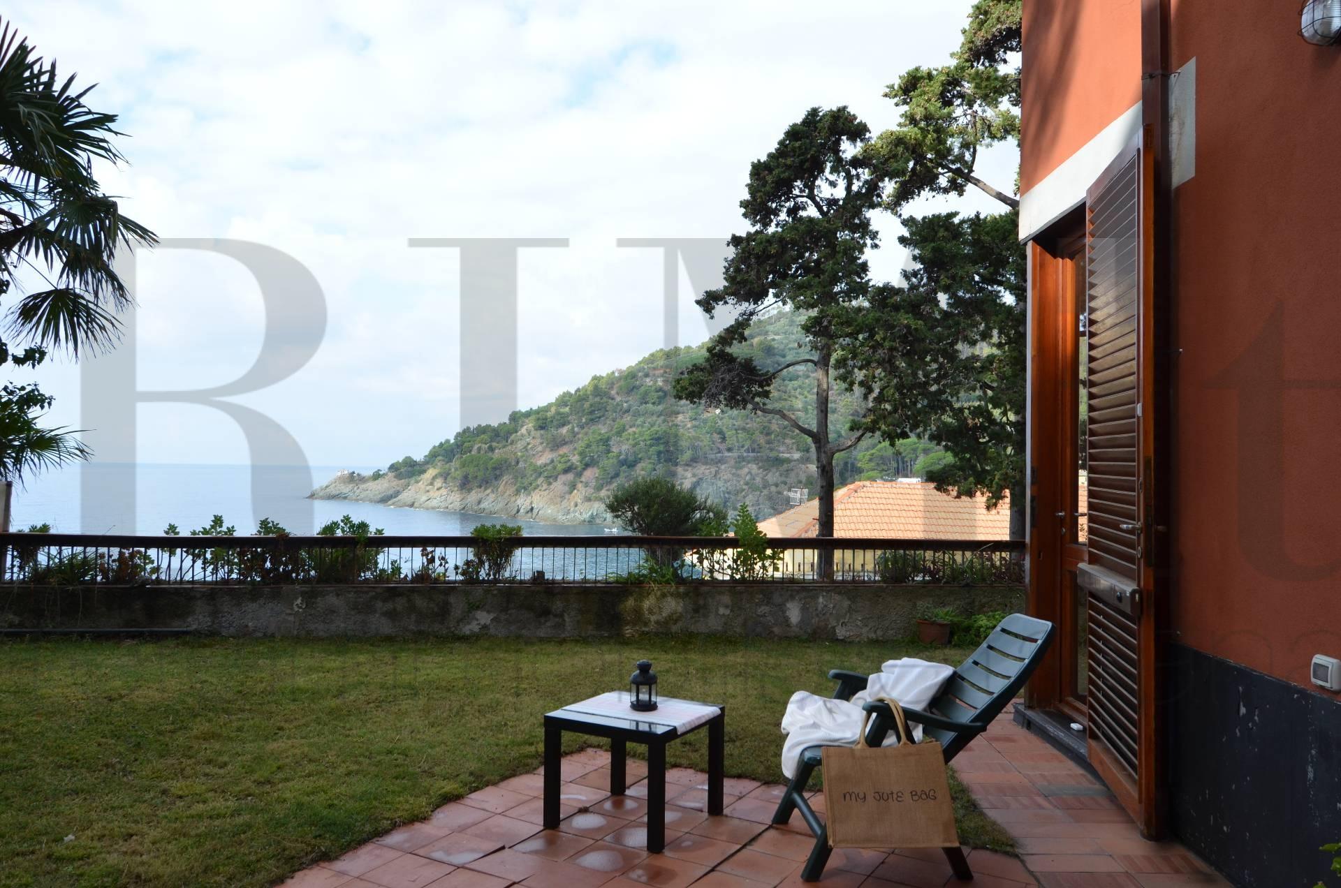 Appartamento in vendita a Bonassola, 4 locali, prezzo € 665.000 | CambioCasa.it