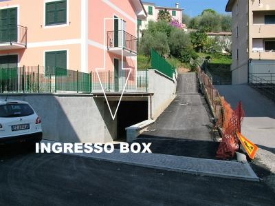 Box auto in Vendita a Cogorno