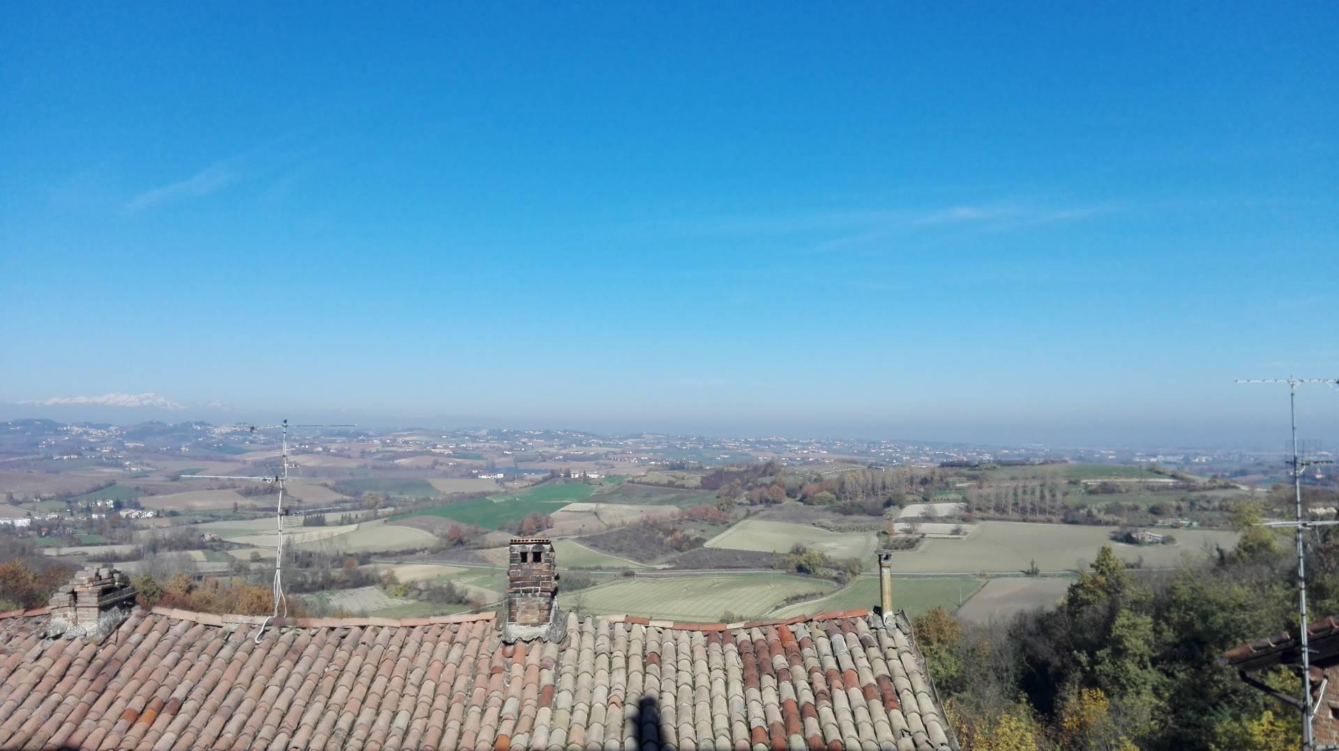 Appartamento in affitto a Camagna Monferrato, 4 locali, prezzo € 300 | Cambio Casa.it