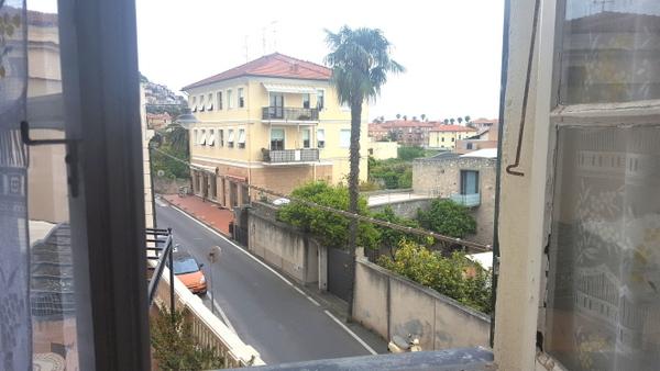 Appartamento in affitto a Borgio Verezzi, 5 locali, zona Zona: Borgio, prezzo € 700 | Cambio Casa.it