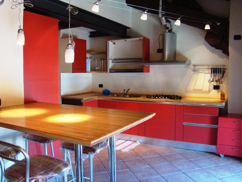 Appartamento in affitto a Casale Monferrato, 4 locali, prezzo € 550 | CambioCasa.it
