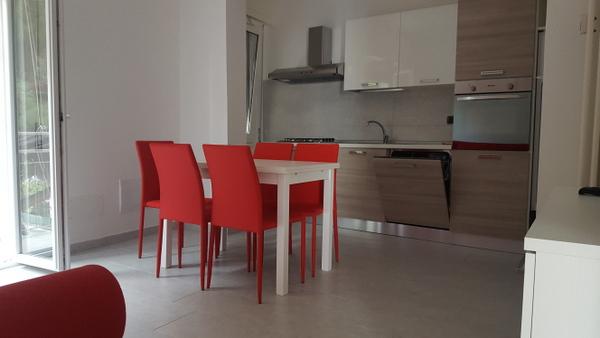 Appartamento in affitto a Borgio Verezzi, 3 locali, prezzo € 700 | Cambio Casa.it