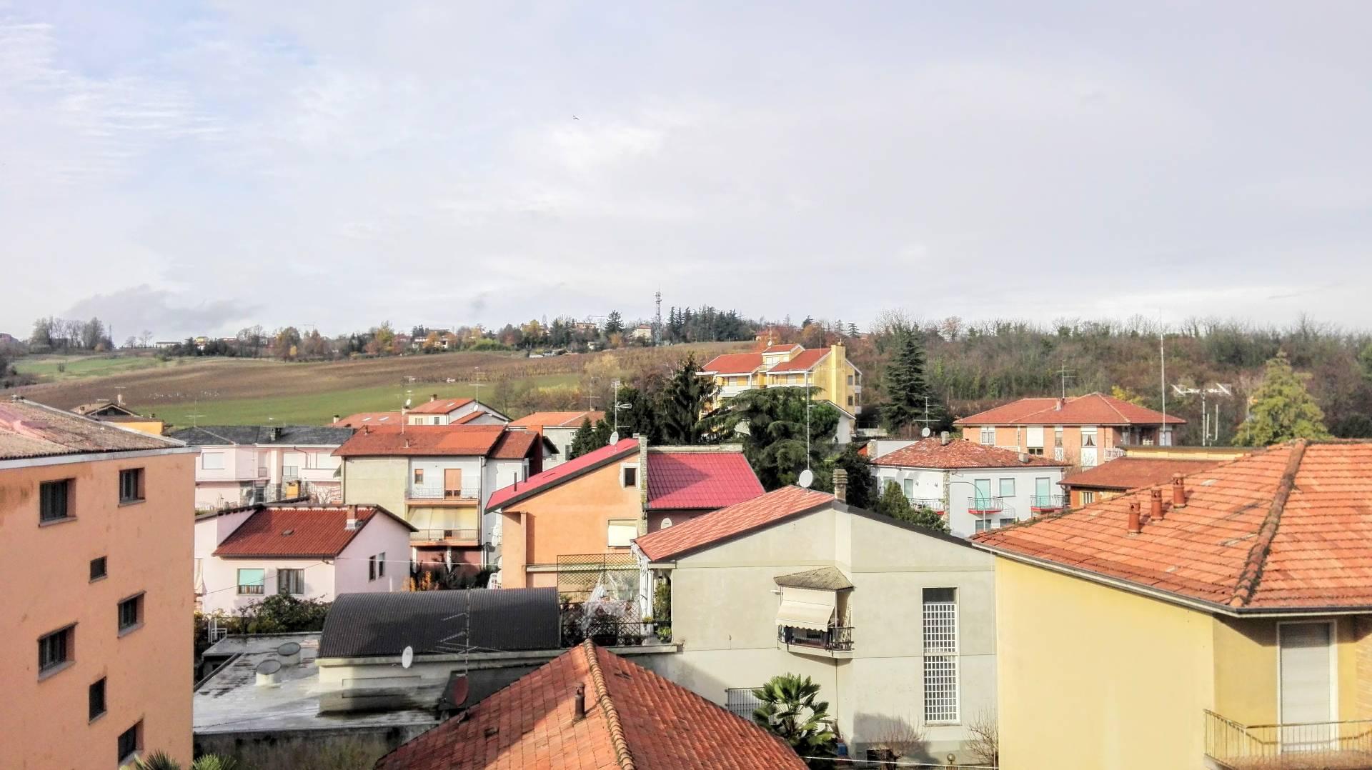 Appartamento in affitto a Casale Monferrato, 4 locali, prezzo € 380 | Cambio Casa.it