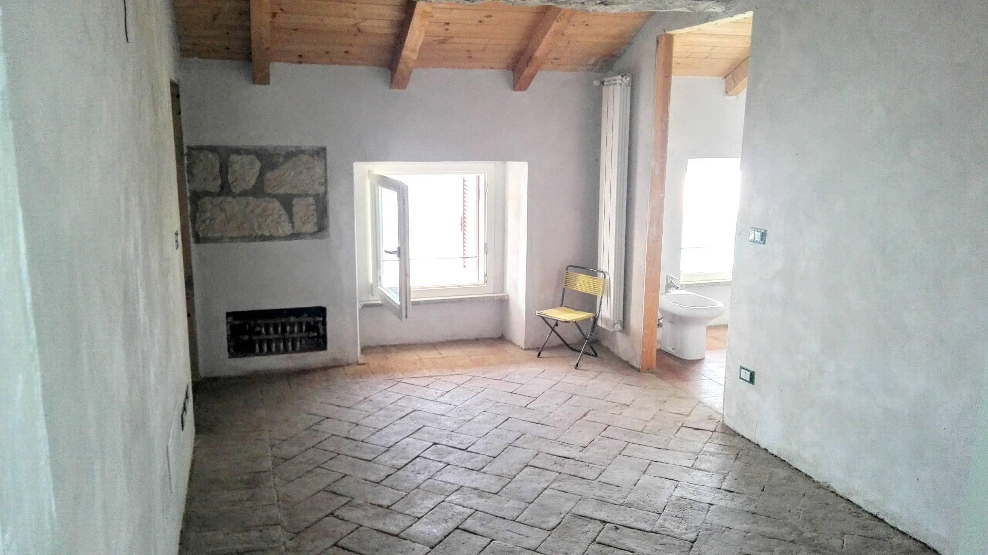 Appartamento in affitto a Conzano, 4 locali, prezzo € 500 | Cambio Casa.it