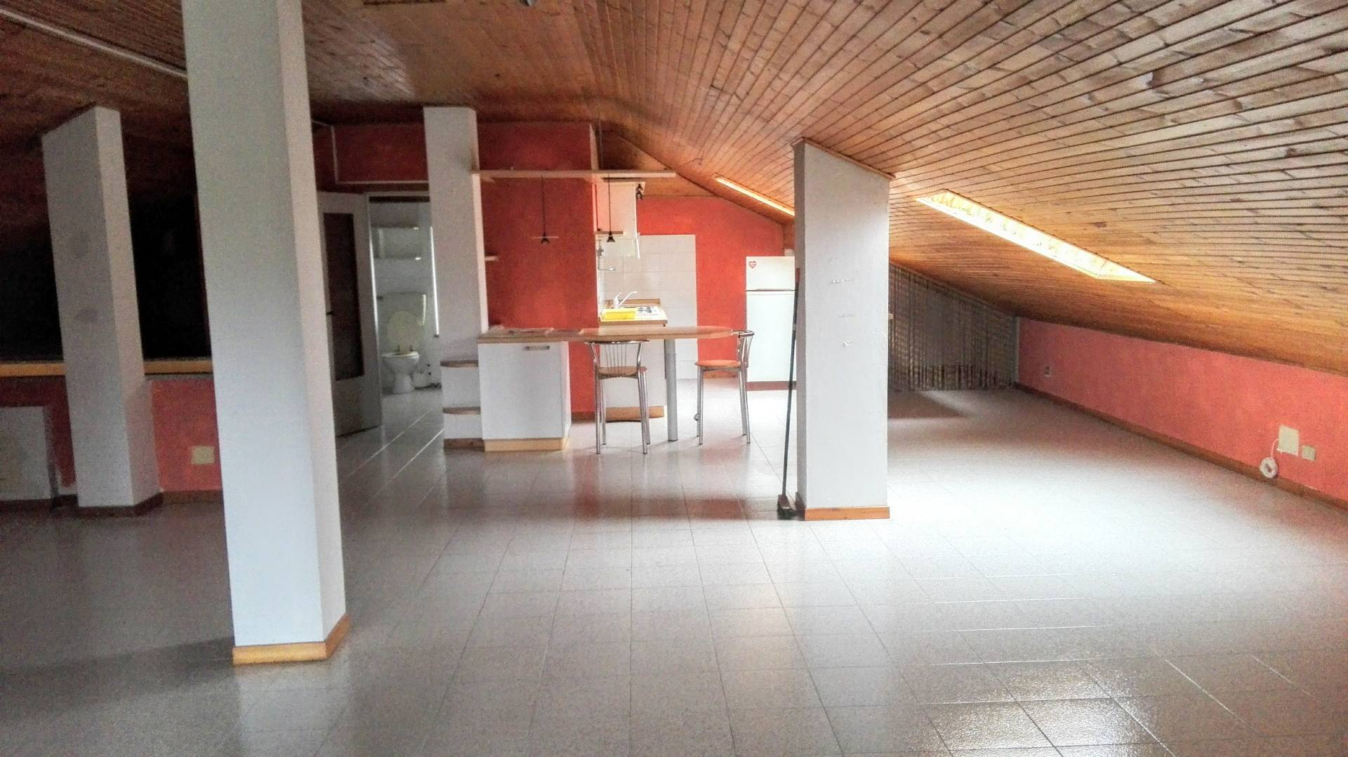 Villa in affitto a Giarole, 7 locali, prezzo € 650 | Cambio Casa.it