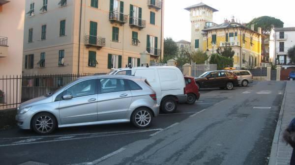 Box / Garage in vendita a Arenzano, 1 locali, prezzo € 62.000   CambioCasa.it