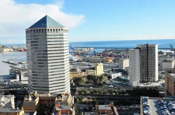 Bilocale Genova Via Di Francia 10
