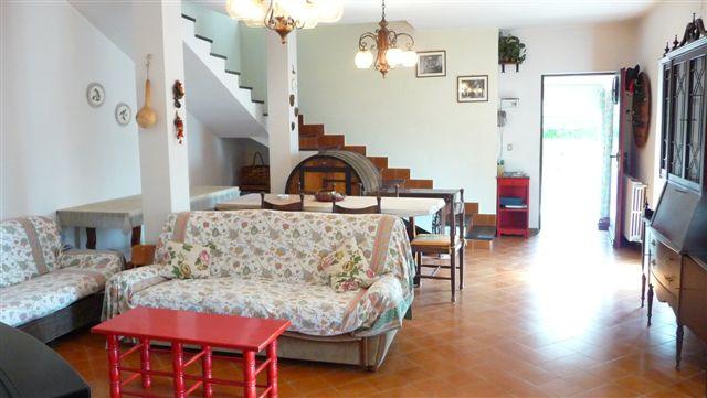 Villa in vendita a Alassio, 7 locali, prezzo € 395.000 | Cambio Casa.it