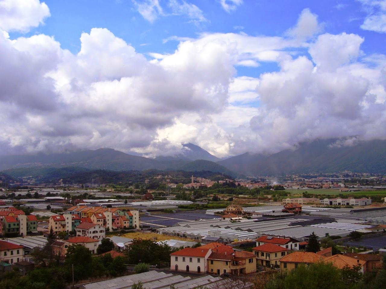 Terreno Edificabile Residenziale in vendita a Albenga, 9999 locali, prezzo € 140.000 | CambioCasa.it