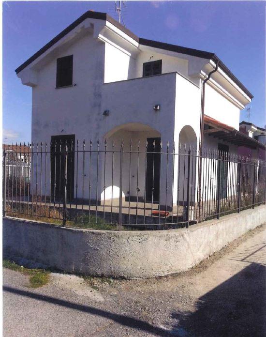 Villa in vendita a Villanova d'Albenga, 4 locali, prezzo € 350.000 | Cambio Casa.it
