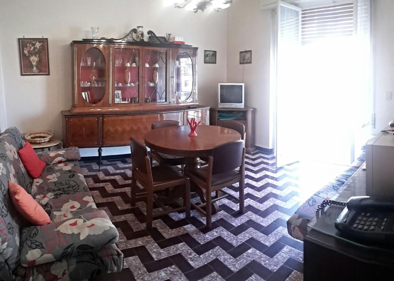 Appartamento in vendita a Ceriale, 3 locali, prezzo € 240.000 | CambioCasa.it