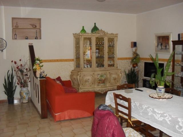 Soluzione Semindipendente in vendita a Castello di Cisterna, 3 locali, prezzo € 72.000 | Cambio Casa.it
