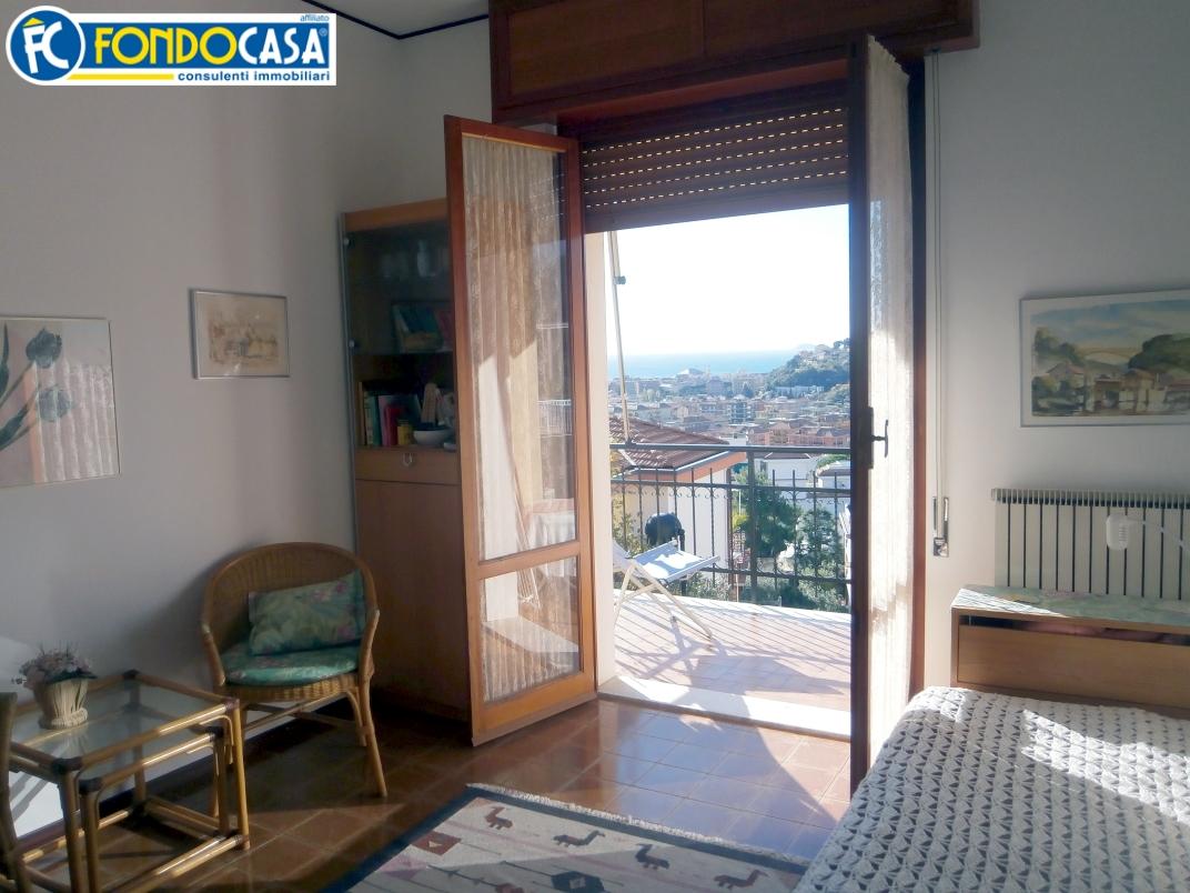 Bilocale Pietra Ligure Zona Via San Francesco 2