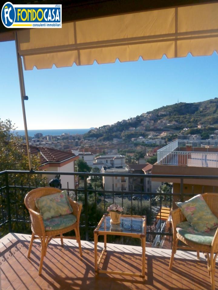Bilocale Pietra Ligure Zona Via San Francesco 10