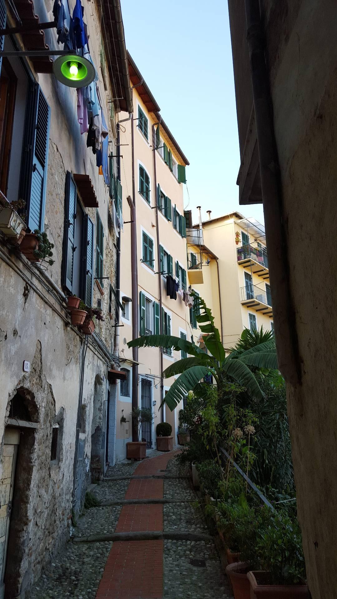 Bilocale Ventimiglia Via Alle Mura 1