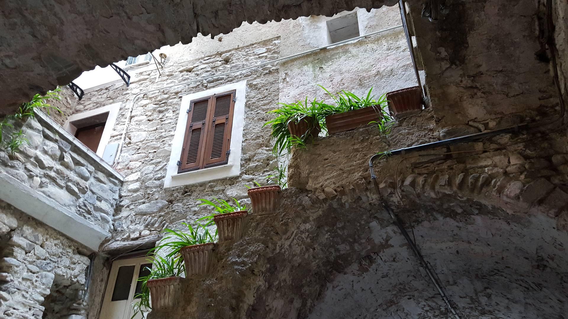 Bilocale Dolceacqua Via San Michele 1