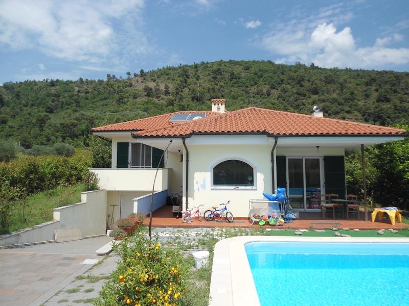 Soluzione Indipendente in vendita a Ortovero, 6 locali, prezzo € 460.000 | Cambio Casa.it