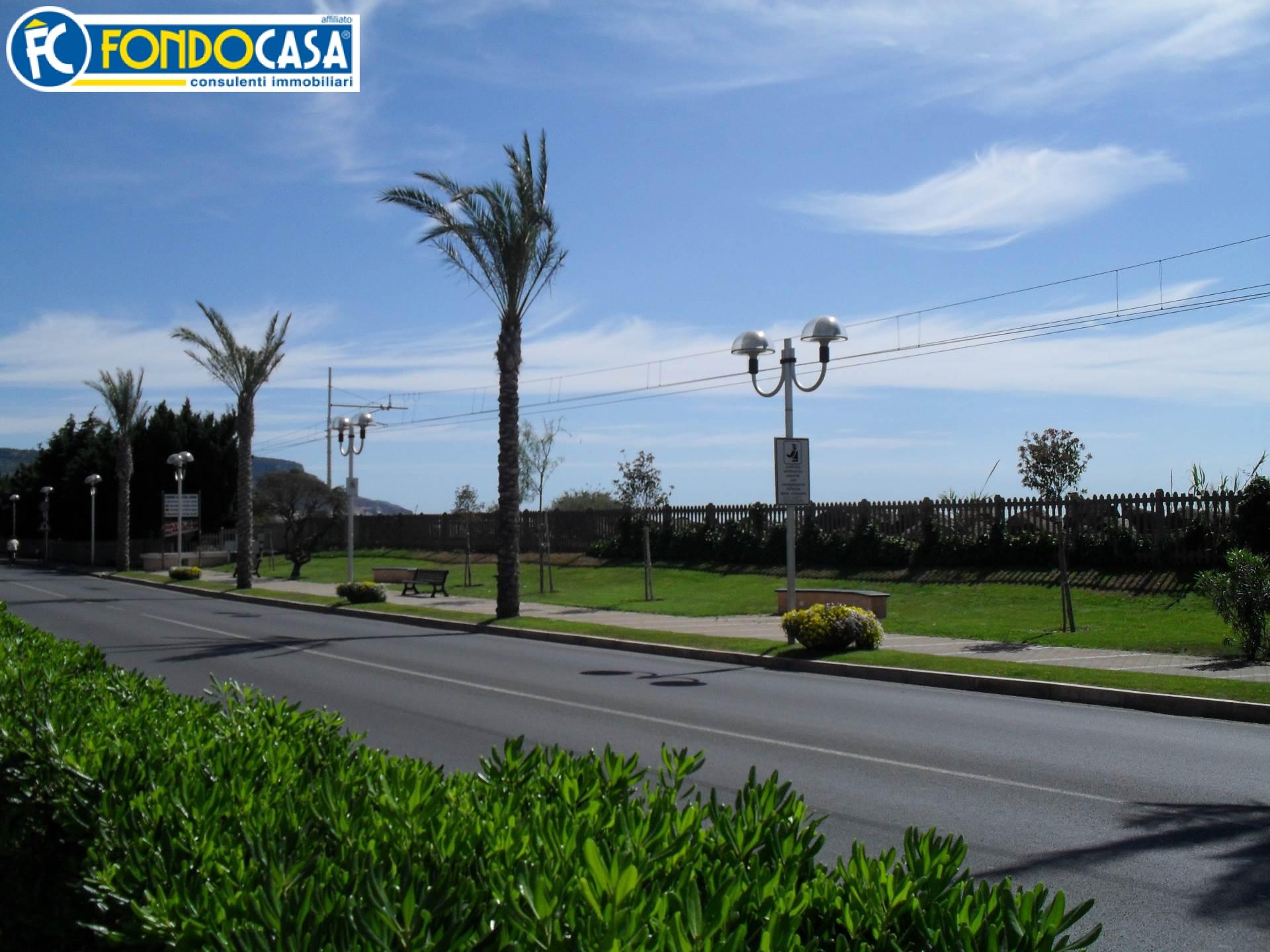 Bilocale Pietra Ligure Via Aurelia 3