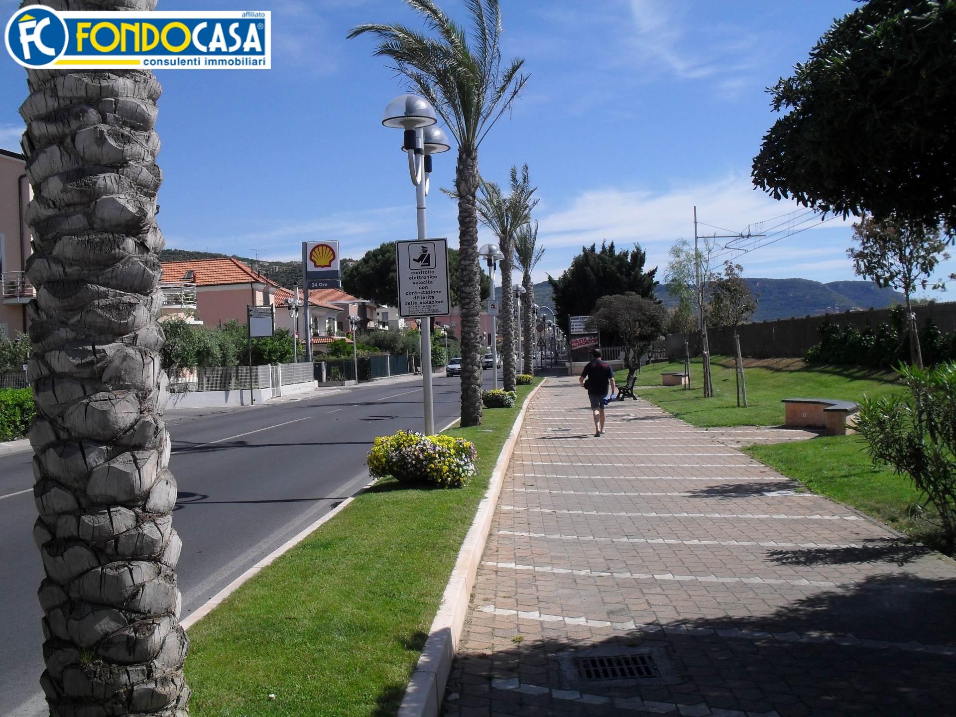 Bilocale Pietra Ligure Via Aurelia 4