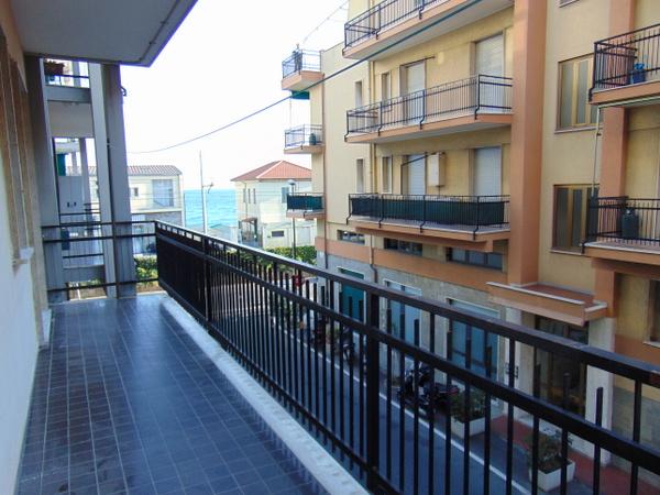 Bilocale Borgio Verezzi Via Dei Fiori 9
