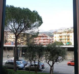 Appartamento in vendita a Arenzano, 5 locali, zona Località: Stazione, prezzo € 395.000 | Cambio Casa.it
