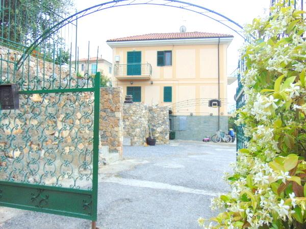 Bilocale Borgio Verezzi Via Acquedotto 10