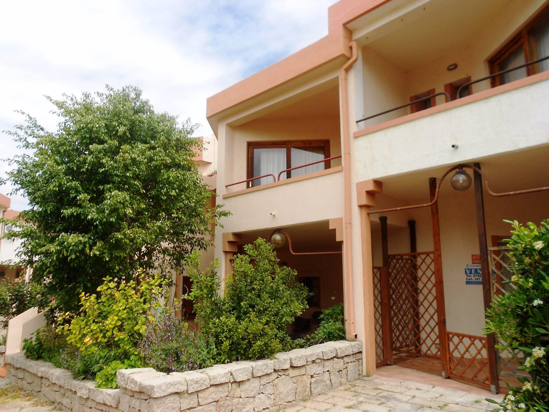 Appartamento in vendita a Palau, 3 locali, zona Località: CapodOrso, prezzo € 200.000 | Cambio Casa.it