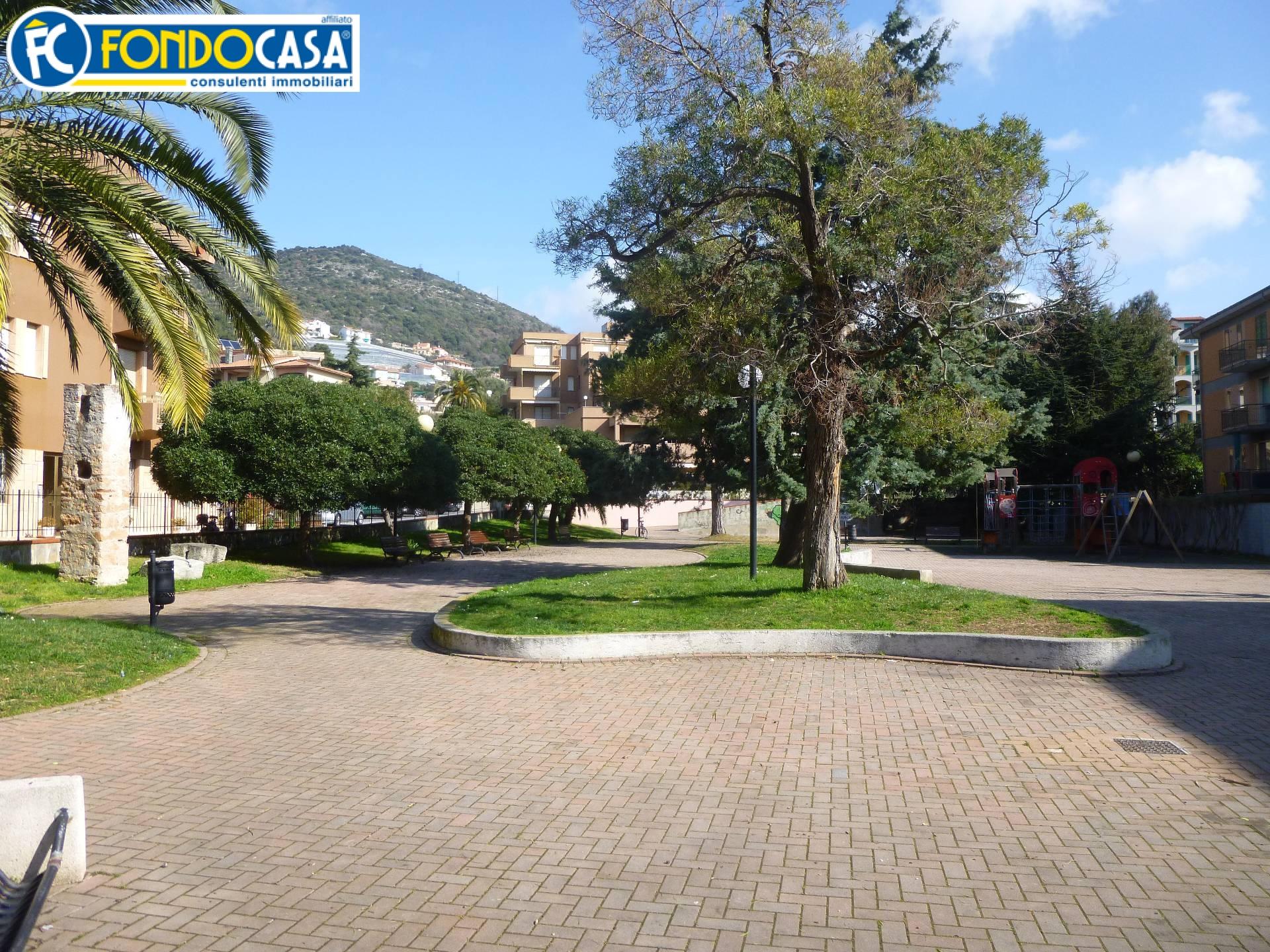 Bilocale Pietra Ligure Zona Via Soccorso 9