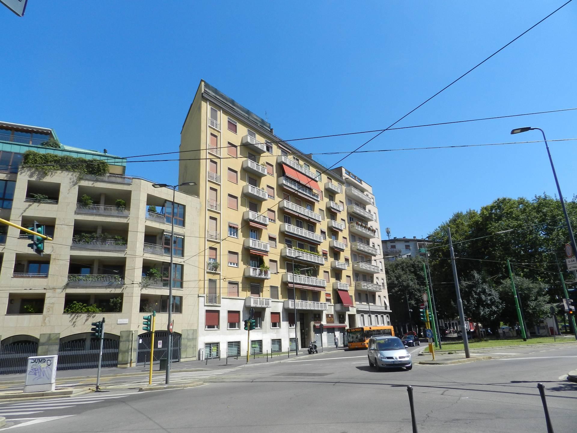 Milano | Appartamento in Vendita in Via Gian Carlo Castelbarc | lacasadimilano.it