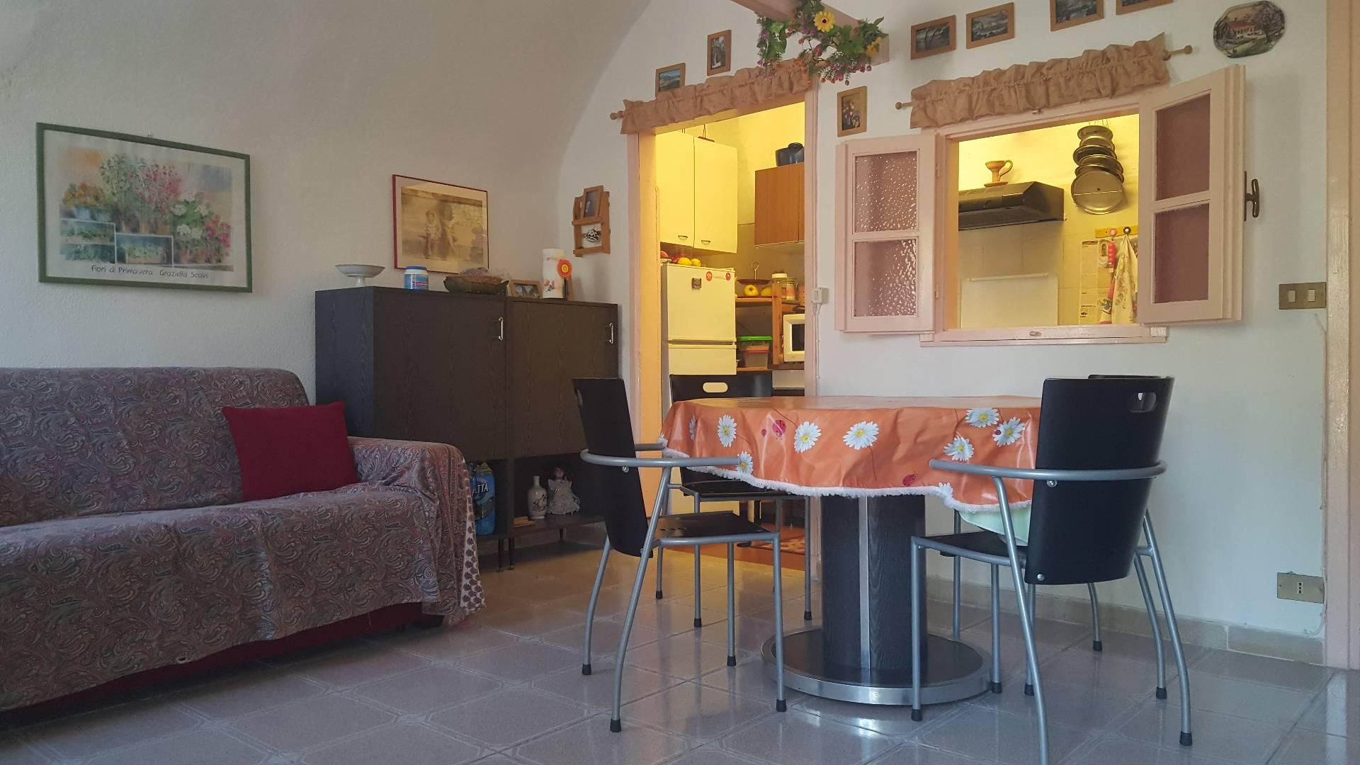 Bilocale Ventimiglia Via Case Lupi 1