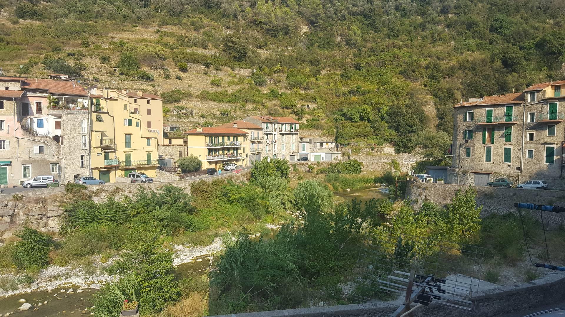 Bilocale Ventimiglia Via Case Lupi 9