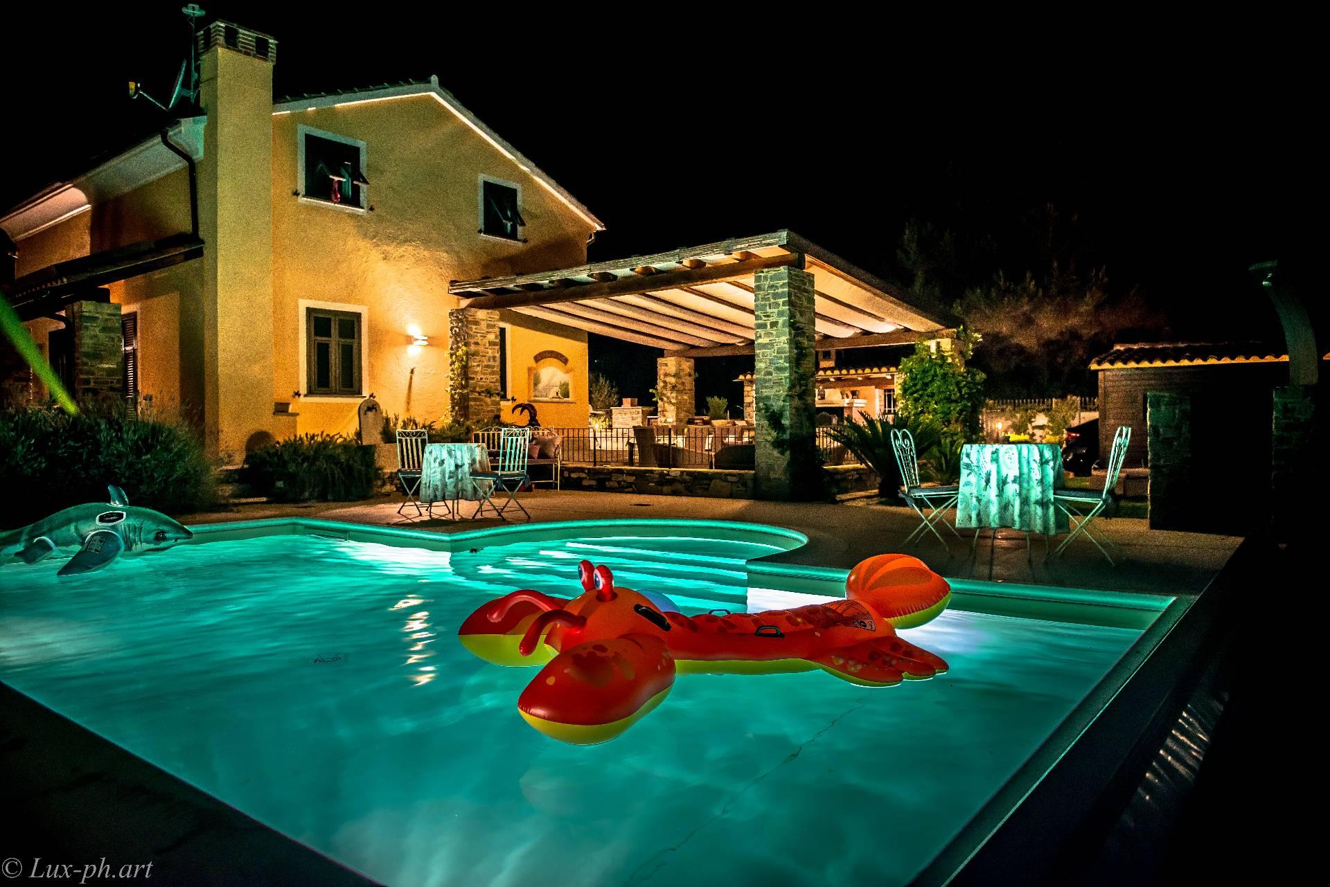 Villa in vendita a Garlenda, 11 locali, Trattative riservate | Cambio Casa.it